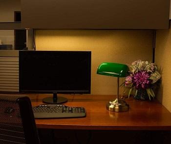 Best of Best Green Glass Shade Desk Lamp