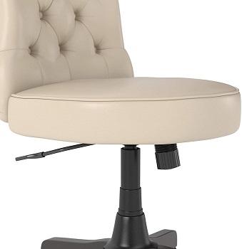 Bush Furniture FV018AW Tufted Chair