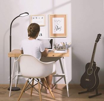 BEST BATTERY-OPERATED FLOOR LAMP FOR OFFICE