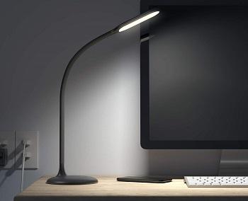 BEST BATTERY-POWERED LED READING LIGHT
