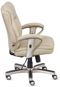 BEST ERGONOMIC OFFICE CHAIR FOR SHORT PERSON WITH BACK PAIN