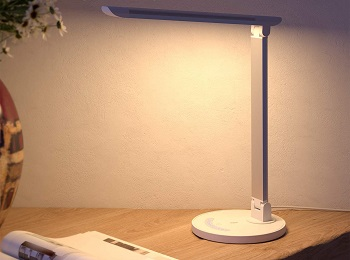 BEST OF BEST LED DESK LAMP WITH USB PORT