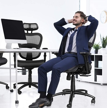 Komene 54554 Executive Mesh Chair