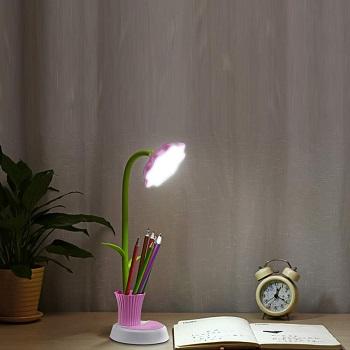 Uniwit Sunflower LED Desk Lamp