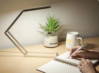 Krx Small LED Desk Lamp