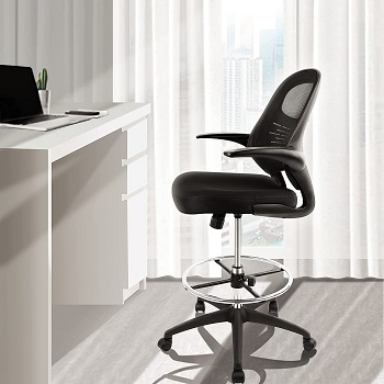 BEST TALL COMFORTABLE DESK CHAIR FOR SMALL SPACE