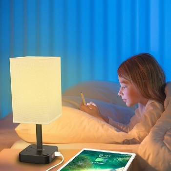 BEST BEDSIDE TABLE LAMP WITH USB PORT AND OUTLET