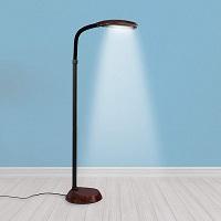 BEST READING STANDING DESK LAMP PICKS