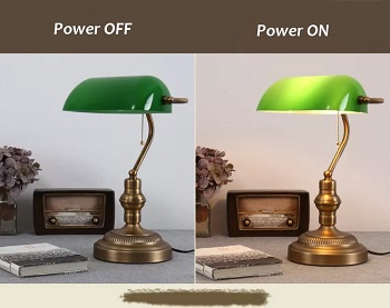 Traditional Bankers Lamp, Brass Base